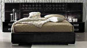 star 06 luxurious black leather bed made in italy