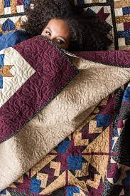 what is primitive fabric for quilting