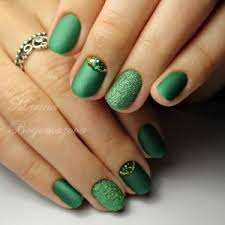 green manicure nail designs ideas