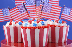 usa theme cupcakes with hearts and blue decorations