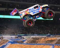 monster truck jam anaheim fotos y videos page 4 monster jam