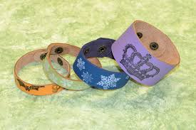 bracelet diy rubber images Easy to make rubber stamped leather bracelets rings and things jpg