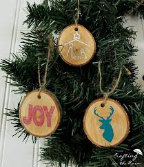 craftaholics anonymous diy wood slice ornaments