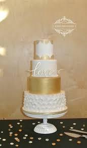 kristen u0027s cake creations wedding cake gardner ks weddingwire