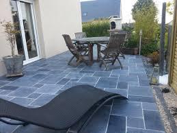 decoration terrasse exterieure moderne terrasse pierre bleu en opus romain pierre bleue pinterest