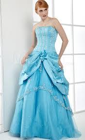 robe de mariã e bleue robe de mariée couleur quand la couleur s invite à la fête
