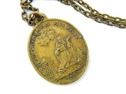 catholic necklaces 186 best catholic jewelry images on bubbles religious