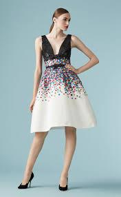 amazing deals 6 carolina herrera dresses to grab right away