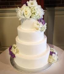 simple wedding cakes a simple cake fresh flowers for your wedding cake