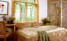 bathroom with tub and shower desing and interior foto and video