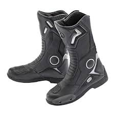 s yamaha boots motorcycle boot buyer s guide the bikebandit