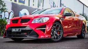 holden maloo gts 2018 hsv gtsr maloo review youtube