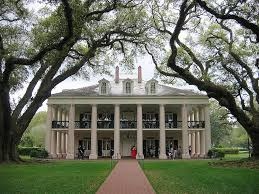 Southern Plantation Style Homes Southern Plantation Style Homes Google Search Houses Buildings