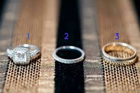 Difference Between Engagement Ring And Wedding Band by What U0027s The Difference Between An Engagement Ring And A Wedding Ring