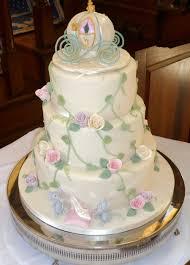 fairytale wedding cakes ornaments castle illuminated
