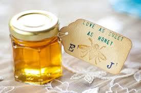 bridal favors 15 edible wedding favors to buy or diy brit co