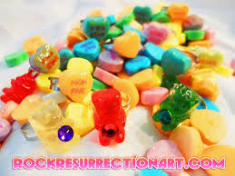 edible candy jewelry rock resurrection guitar jewelry non edible candy charms
