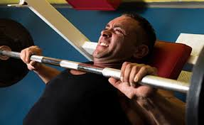 Bench Press Wide Or Narrow Grip Close Grip Bench Press Form 5 Key Mistakes To Avoid