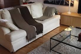 plaid pour canap cuir plaids pour canape cuir canapé idées de décoration de maison