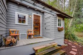 bainbridge tiny remembers earlier era curbed seattle back when bainbridge island was better known for logging and shipbuilding than as an exclusive bedroom community for seattle
