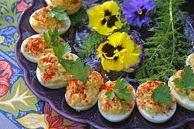 deviled eggs serving dish qué pasa