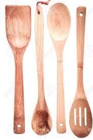 ustensiles de cuisine en bois set d ustensiles de cuisine en bois avec une spatule cuillère