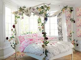 Canopy Bedroom Sets by Bedroom Queen Canopy Bedroom Sets With Nice Flower Pillar Bedding