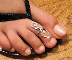 about toe rings images Sterling silver toe rings bringing flash to flip flops everywhere jpg
