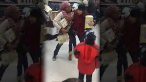 sofa black friday the best black friday fights 2015 watch videos here sofa king