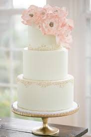 wedding cake on a budget wedding cake tips to help you save money arabia weddings