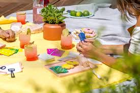 Easy Summer Entertaining Menu - high five 5 colorful and easy outdoor entertaining ideas for