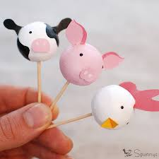farm cake toppers farm animal cupcake toppers diy a tutorial spunnys