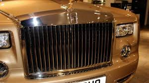 roll royce royles 1 3 million gold 2013 rolls royce phantom custom order with gold