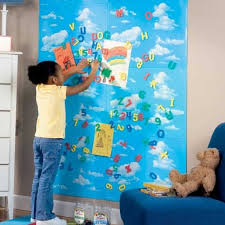 Cool Ideas To Use Magnet Boards In A Kids Room Kidsomania - Magnetic board for kids room