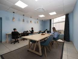 bureau de poste salon de provence location de bureau à la journée à salon de provence 13300