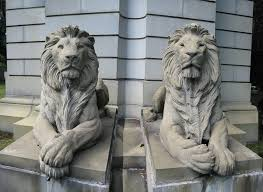 lions statues two lion statues in the bronx nyc two lion sta flickr