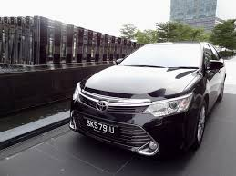 toyota camry 2015 the autoblog 2015 toyota camry 2 5 a class leading executive
