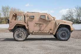 humvee side view here u0027s everything you need to know about the humvee u0027s replacement