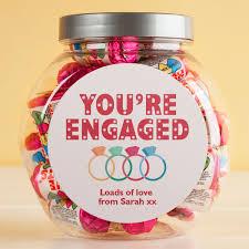 engagement gifts u0026 present ideas gettingpersonal co uk