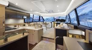 cuisine de prestige prestige 560 la nouvelle vedette amirale de la gamme flybridge de