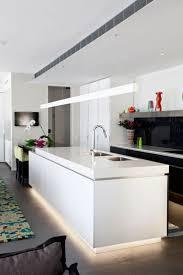 Jamestown Designer Kitchens by 74 Best островные кухни Images On Pinterest Kitchen Ideas