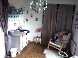 chambre bébé tendance déco tendance dans une chambre de bébé visite privée cotemaison fr