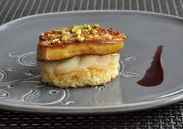 cuisiner foie gras frais c est moi qui l ai fait foie gras poêlé aux poires pochées