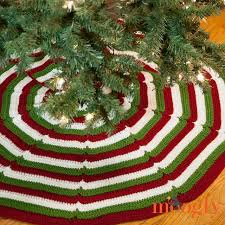 christmas tree skirts 10 crochet christmas tree skirts