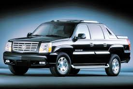 cadillac escalade pictures 2004 cadillac escalade ext overview cars com