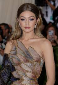 met gala 2018 the best beauty looks on the red carpet beautyeditor