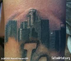 el trabajo del tatuador yann travaille tiene una personalidad muy
