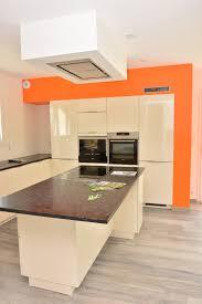 cuisine couleur orange cuisine mur noir avec cuisine noir quel couleur mur idees et cuisine