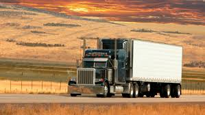 what are the standard dimensions of an 18 wheeler trailer