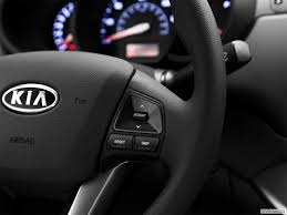 kia steering wheel 8148 st1280 177 jpg